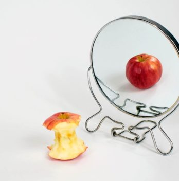 Risk factors for eating disorders (anorexia, bulimia, hyperphagia)