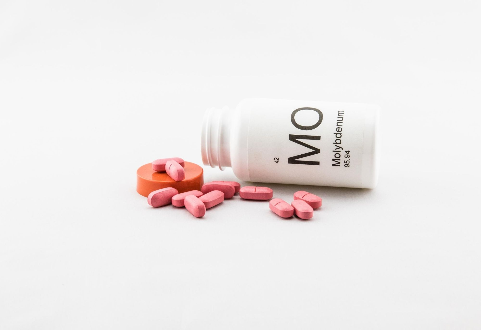 Molybdenum : an essential trace element for the body