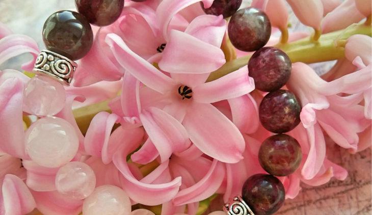 Zirconia hyacinth properties